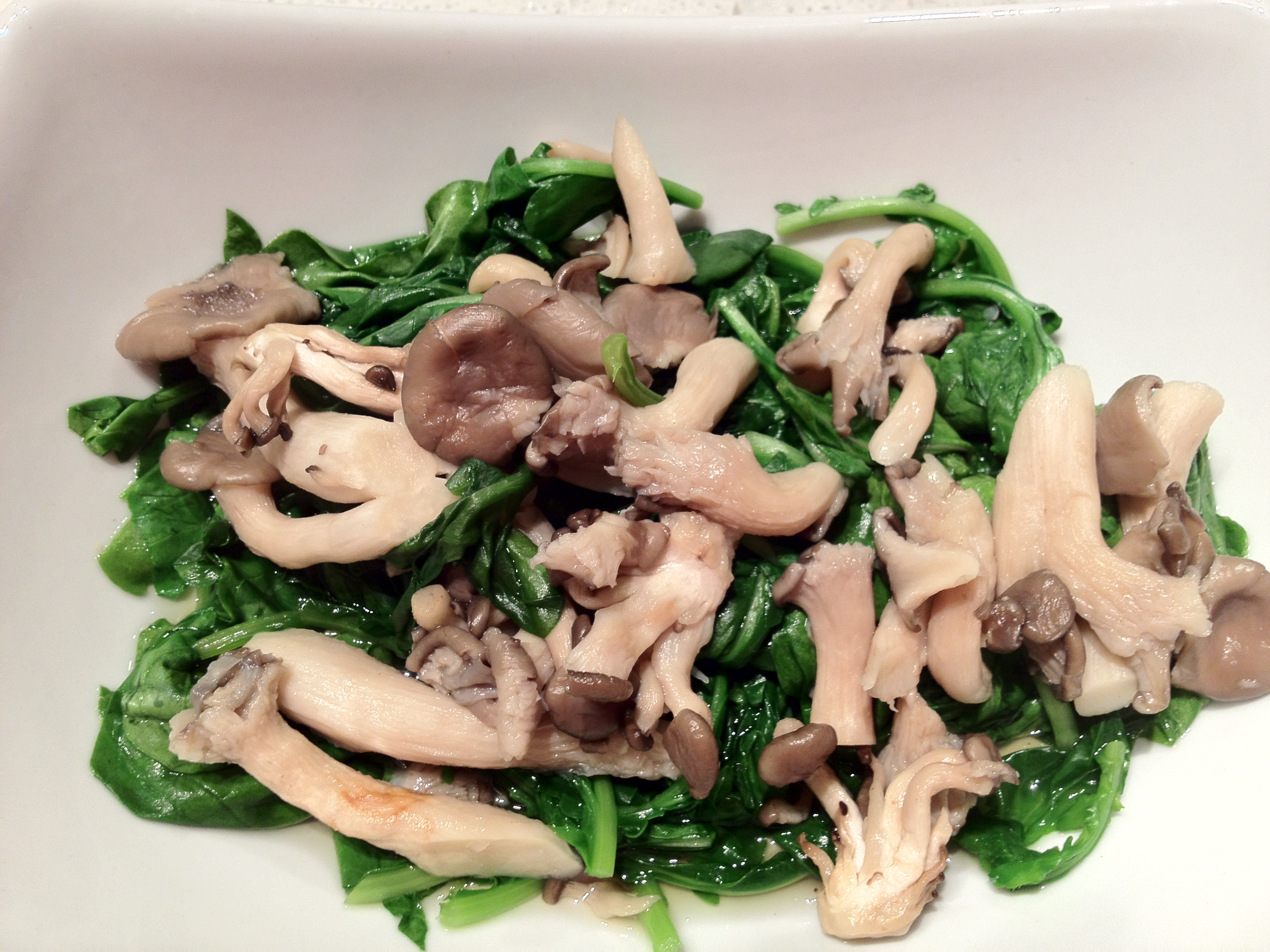 Easy, Healthy, Delicious – Mushrooms and Dark Greens