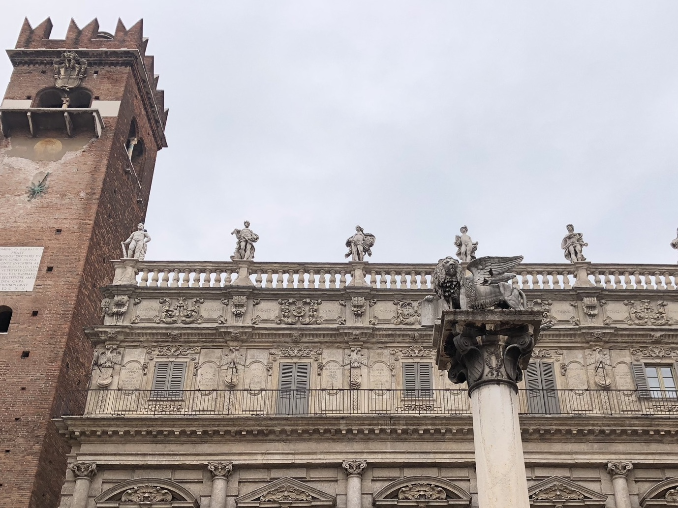Verona, IT square